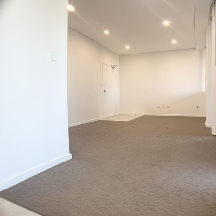 Rent this 2 bed apartment on 201/27 Percy Street