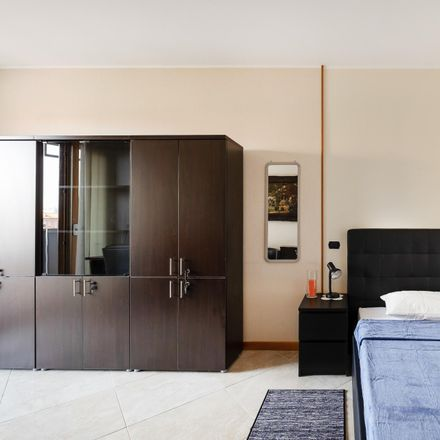 Rent this 2 bed room on Via delle Forze Armate in 260, 20152 Milan Milan