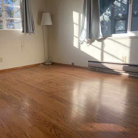 Rent this 1 bed apartment on 2546 Warring Street in Berkeley, CA 94720-1076