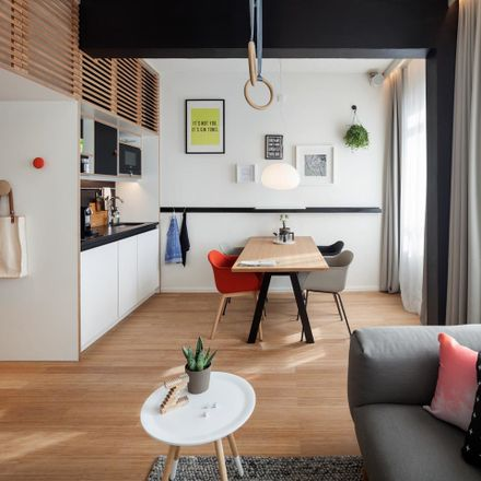 Rent this 20 bed room on Weesperstraat 105 in 1018 VN Amsterdam, Países Bajos