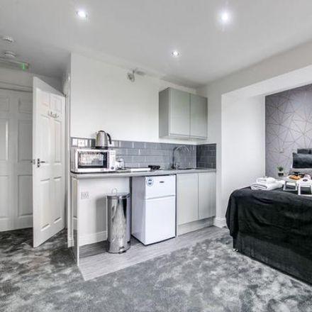 Rent this 1 bed room on Elder Close in Birmingham B31 4LD, United Kingdom