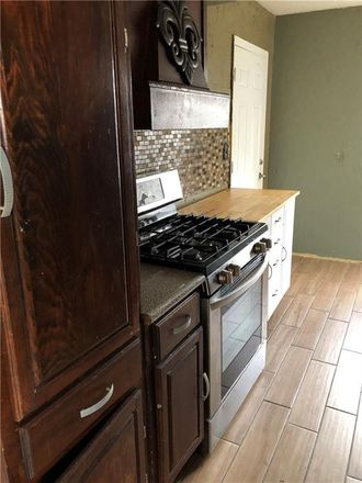 Rent this 4 bed house on 1609 Southwest 68th Street in Oklahoma City, OK 73159