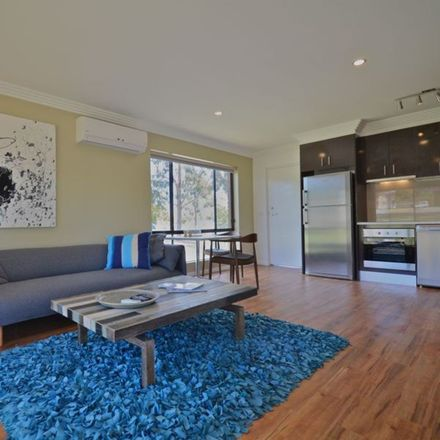Rent this 1 bed house on 1/9A Smith Street