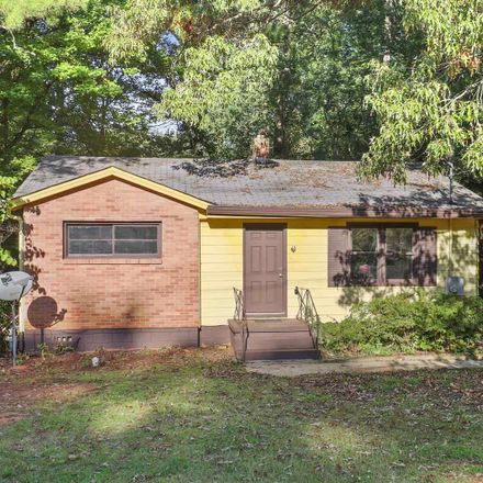 Rent this 3 bed house on 3535 South Cobb Drive in Smyrna, GA 30080