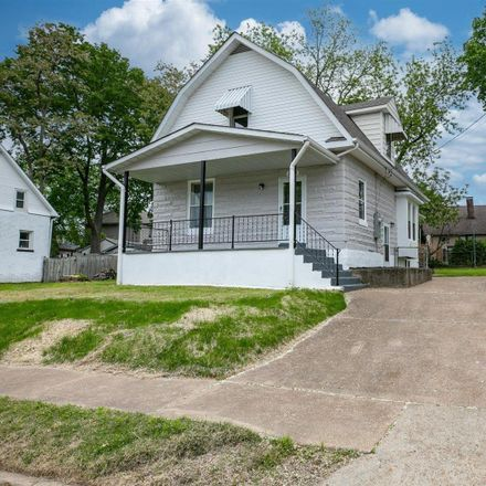 Rent this 4 bed house on 2632 Lyle Avenue in Maplewood, MO 63143