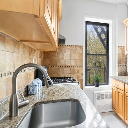 Rent this 1 bed apartment on 425 Prospect Place in New York, NY 11238