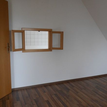 Rent this 5 bed loft on 99974