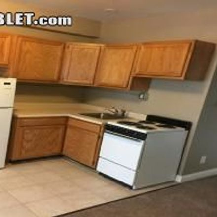 Rent this 1 bed apartment on Ryoko's in 619 Taylor Street, San Francisco
