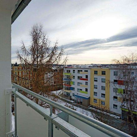 Rent this 4 bed apartment on Karlstraße 38 in 08523 Plauen, Germany