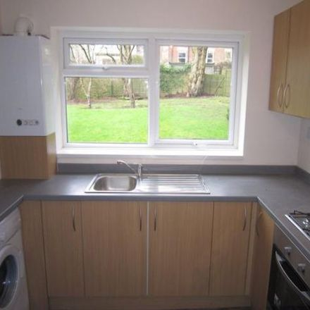 Rent this 2 bed apartment on Shaftesbury Avenue in Leeds LS8 1DT, United Kingdom