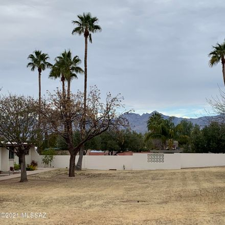 Rent this 2 bed townhouse on 4025 South Lone Palm Drive in Tucson, AZ 85730
