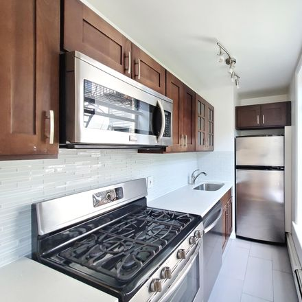 Rent this 2 bed condo on 126 Sterling Pl in Brooklyn, NY 11217