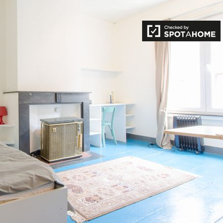 Rent this 0 bed apartment on Rue d'Edimbourg - Edinburgstraat 11 in 1000 Ixelles - Elsene, Belgium