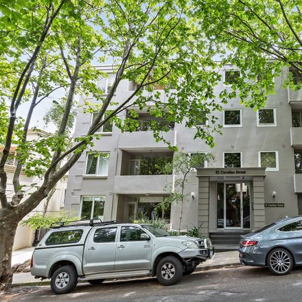 Rent this 1 bed apartment on 10/51 Caroline Street