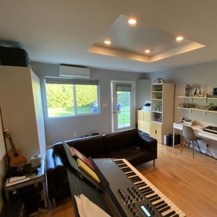 Rent this 3 bed apartment on Altavan Ave in Los Angeles, CA
