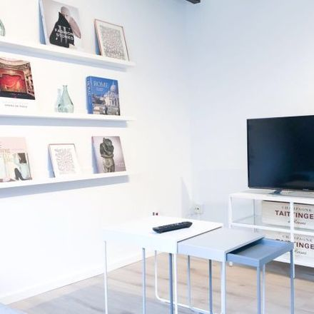 Rent this 2 bed apartment on Friesenstraße 61 in 50670 Cologne, Germany