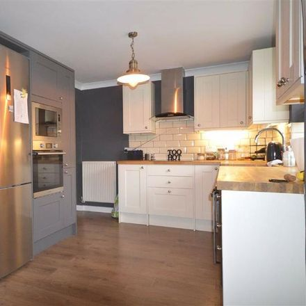 Rent this 4 bed house on Snipe Close in Ashford TN25 4QW, United Kingdom