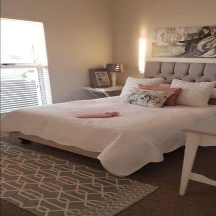 Rent this 3 bed house on Queen Street in Aurora, Durbanville