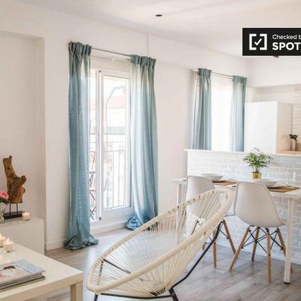 Rent this 2 bed apartment on Carrer de Berni i Català in 46019 Valencia, Spain