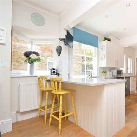 Rent this 5 bed house on Hurst Grove in Walton-on-Thames KT12 1AU, United Kingdom