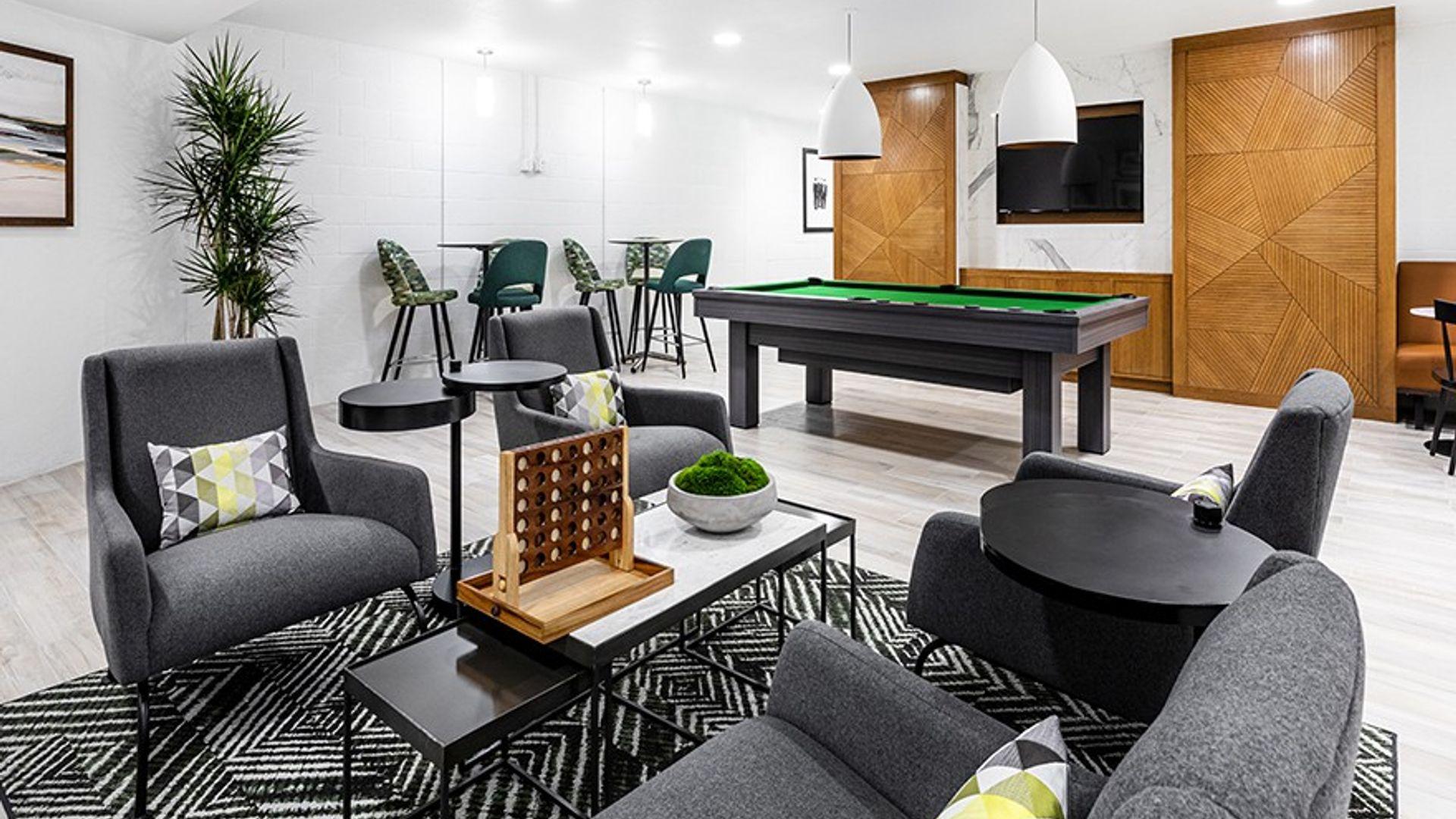 1 bed apartment at TJ Maxx, Sepulveda Westway, Los Angeles ...