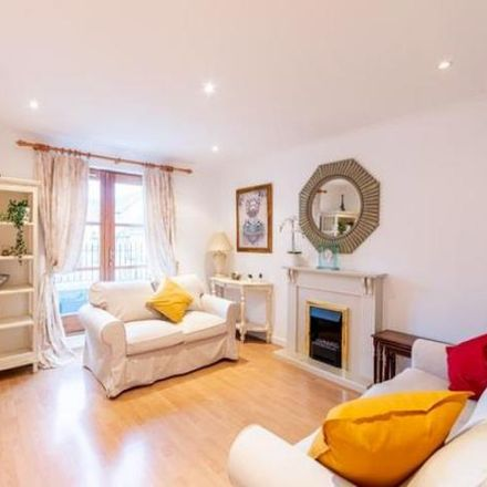 Rent this 2 bed apartment on 10 Dicksonfield in City of Edinburgh EH7 5NE, United Kingdom