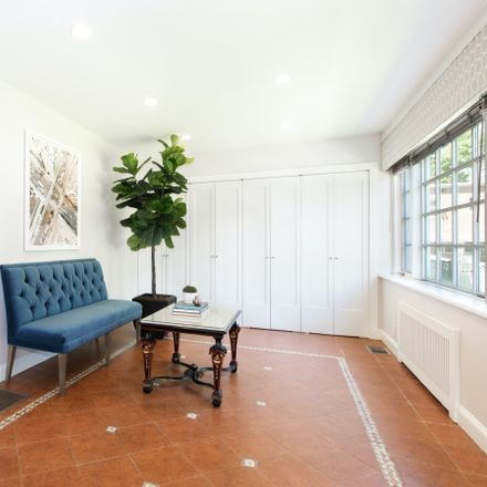 Rent this 5 bed townhouse on 160-18 Powells Cove Boulevard in New York, NY 11357