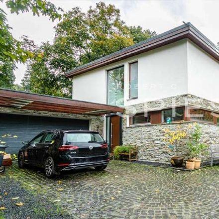Rent this 6 bed house on Bremen-Oberneuland in Mühlenfeldstraße, 28355 Bremen