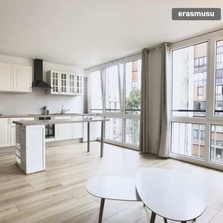 Rent this 2 bed apartment on 44 ALLEE DE LA FORET in 92190 Meudon, France