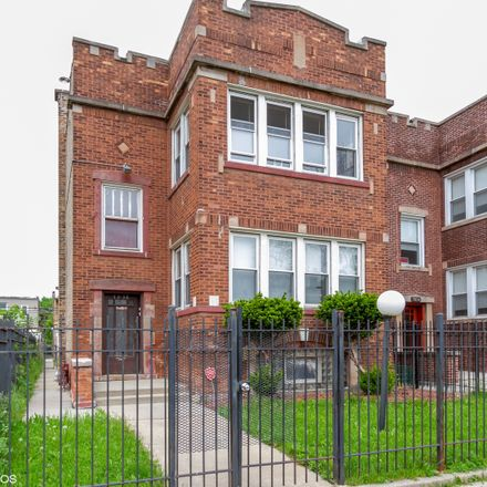 Rent this 4 bed duplex on 7836 South Marshfield Avenue in Chicago, IL 60620