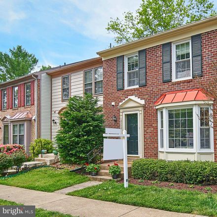 Rent this 3 bed townhouse on 10332 Latney Road in Burke Centre, VA 22032