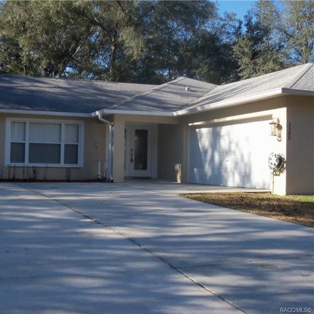 Rent this 3 bed house on W Castle Rd in Dunnellon, FL