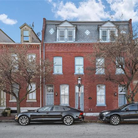 Rent this 1 bed condo on 1703 South 11th Street in St. Louis, MO 63104