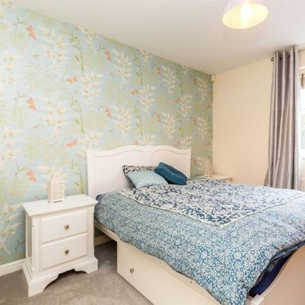 Rent this 2 bed apartment on Warbler Close in Aylesbury HP19 7AP, United Kingdom