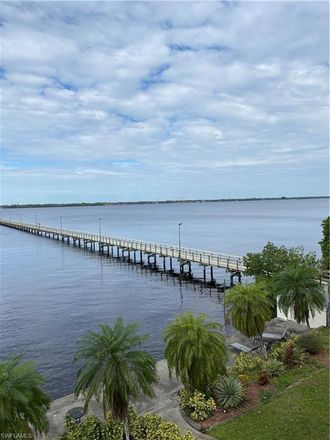 Rent this 2 bed condo on 720 Tarpon Street in Fort Myers, FL 33916