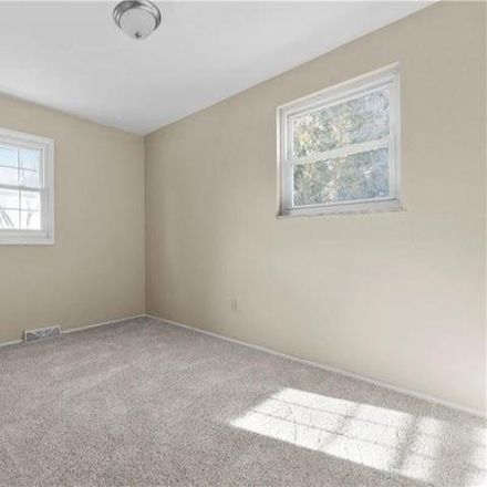 Rent this 3 bed house on 190 Leslie Road in Monroeville, PA 15146