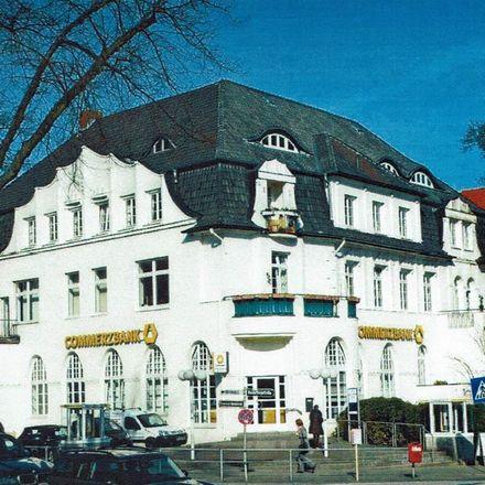 Rent this 5 bed apartment on Blankeneser Bahnhofstraße 33 in 22587 Hamburg, Germany