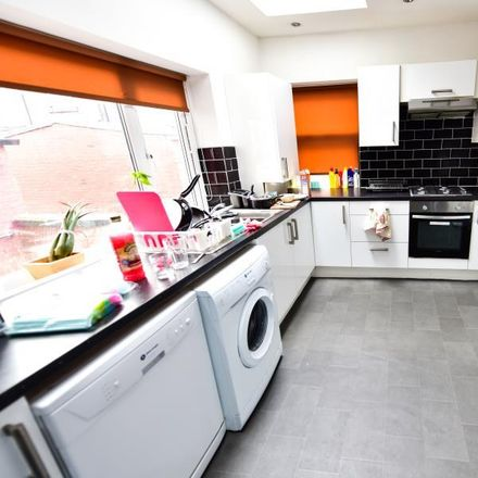 Rent this 6 bed room on 22 Norwood Road in Leeds LS6 1DX, United Kingdom