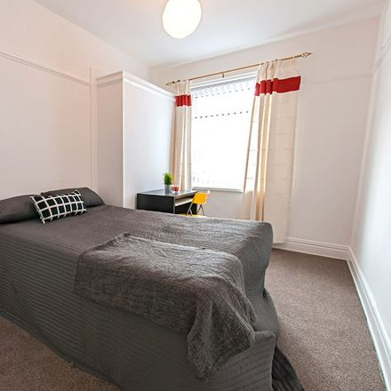 Rent this 1 bed room on Stannington Grove in Newcastle upon Tyne NE6 5AE, United Kingdom