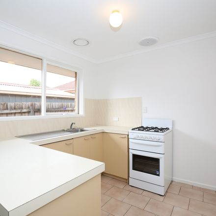 Rent this 2 bed apartment on 2/19 Hibiscus Road