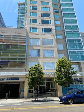Rent this 1 bed apartment on Mission St in San Francisco, CA
