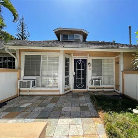Rent this 2 bed townhouse on Mananai Pl in Honolulu, HI