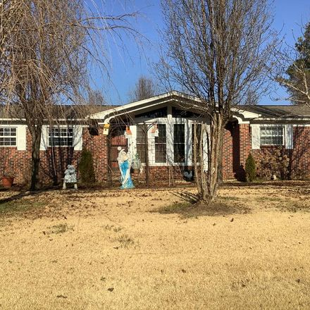 Rent this 3 bed house on State Hwy 22 in McKenzie, TN