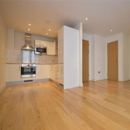 Rent this 0 bed loft on Radisson Hotel Blu in Broad Quay, Bristol BS1 4BY