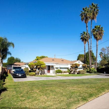 Rent this 7 bed duplex on Pso del Rio in Los Angeles, CA