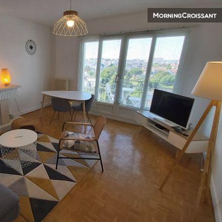 Rent this 2 bed apartment on Joué-lès-Tours in Rabière, CENTRE-LOIRE VALLEY