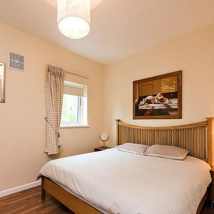 Rent this 3 bed apartment on Edgewood in Richmond Road, Drumcondra South A ED