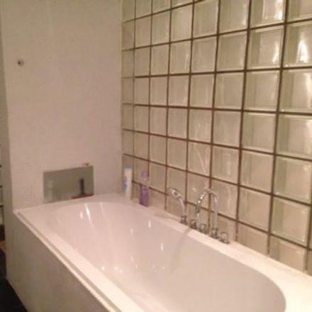 Rent this 1 bed apartment on Nieuwe Kerkstraat in 1018 Amsterdam, Países Bajos