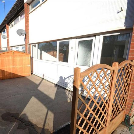 Rent this 2 bed apartment on Precinct in Winchester Road, Eastleigh SO53 2GA