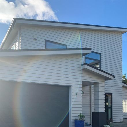 Rent this 1 bed room on 8A Hauraki Crescent in Windsor Park, Upper Harbour 0630